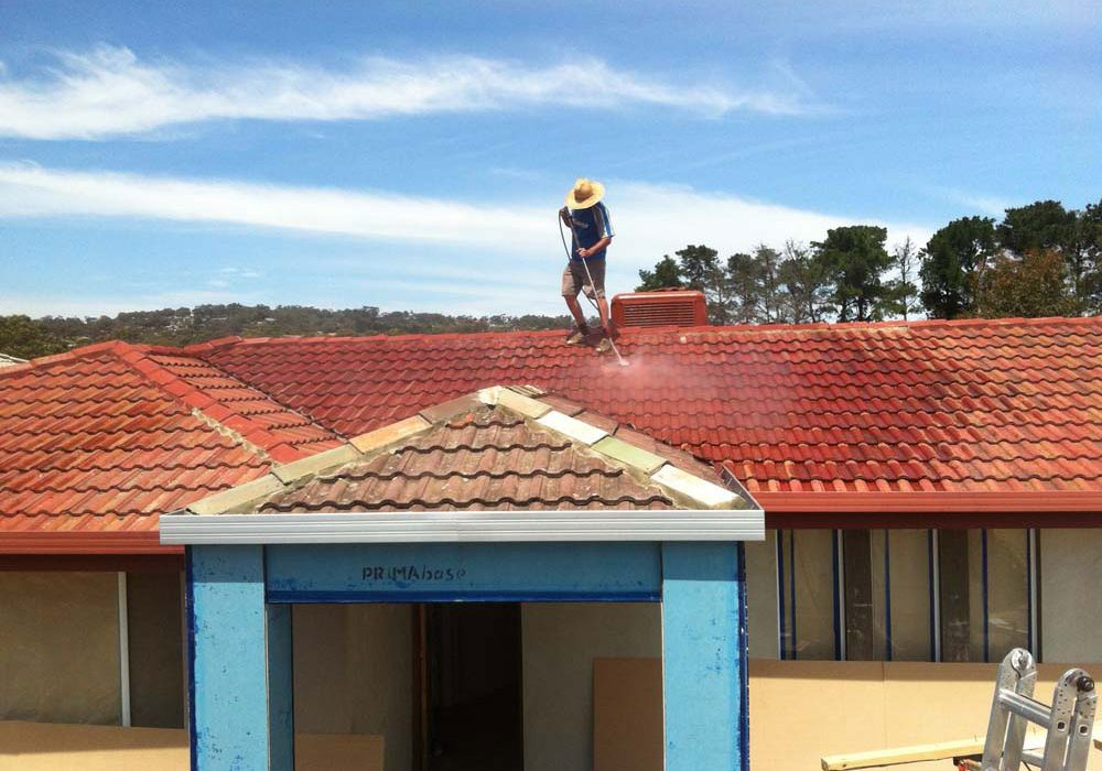 Cleaning Roof Tiles for Restoration